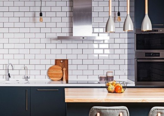 white-tiles-in-a-kitchen at rockingham tilers